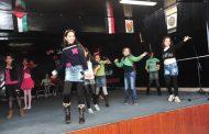 حضور متميز من الاهالي و جميع فعاليات حي دمر البلد وعروض فنية ومسرحية لاطفال بكرا النا في المهرجان الاحتفالي لمركز المتنبي