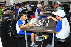 المير رئيسة بعثة ومدربة و قونية لي ممثلا لمنتخبنا الوطني في بطولة آسيا للشباب بالشطرنج التي تستضيفها إيران حاليا