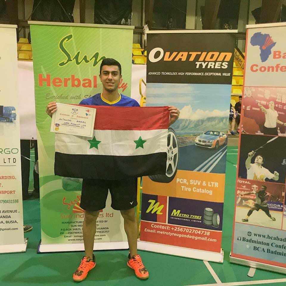 اللاعب أحمد الجلاد يحرز برونزية بطولة أوغندا الدولية بالريشة الطائرة