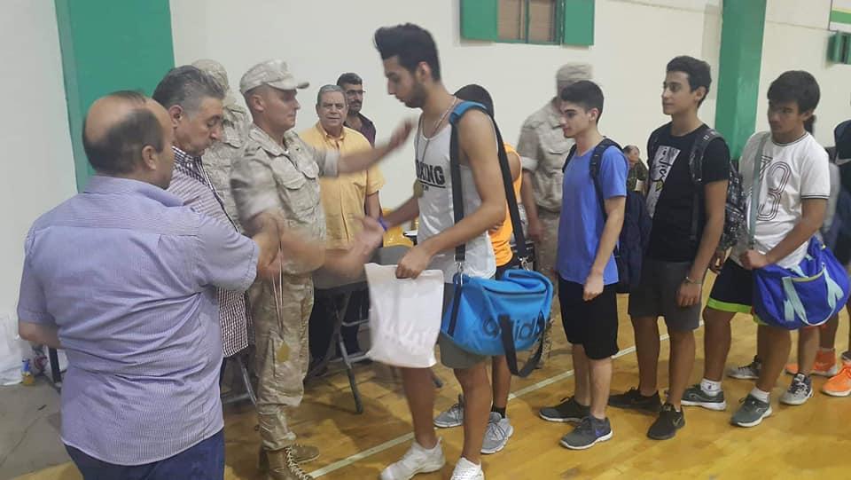 بمبادرة لافته من الأصدقاء الروس ..توزيع اللباس الرياضي والكرات على فرق الأندية الحلبية لكرة السلة