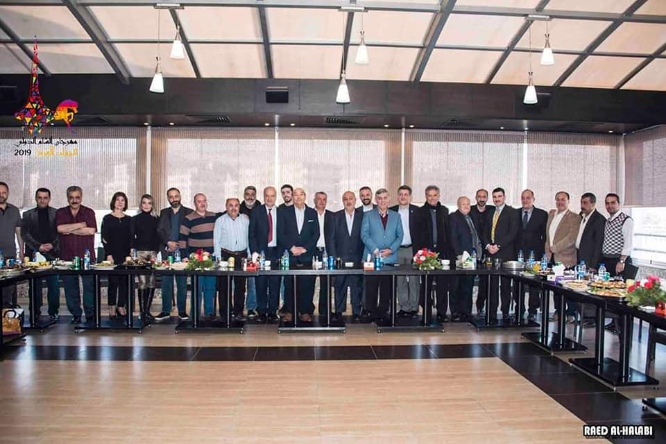 اللجنة المنظمة لمهرجان الشام الدولي للجواد العربي تعقد اجتماعها الدوري  في نادي المحافظة