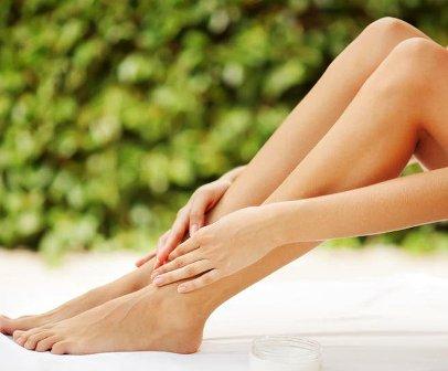اسباب الدوالي في الساقين والعلاجات الأكثر حداثة