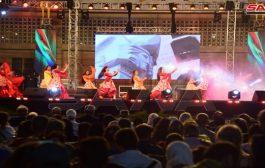 عروض راقصة متنوعة لفرقة (بكرا إلنا) على مسرح معرض دمشق الدولي
